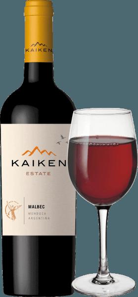 Kaiken Malbec je červené víno z Argentíny, s ktorým Aurelio Montes - hlavný tvorca Montes vín v Čile - splnil dlho zdobený sen. S dlhoročnými skúsenosťami s výrobou vína a senzačnou citlivosťou na terroir a vinič sa toto jemné víno vyrábalo z klasickej argentínskej odrody hrozna Malbec. Víno Kaiken spĺňa najvyššie štandardy charakteru a zložitosti, bez chýbajúcej mladistvej elegancie a rozmanitosti vôní. V hlboko fialovej, Montes Kaiken Malbec svieti v skle. V nose sa objavujú jeho svieže ovocné vône pripomínajúce tmavé bobule, ako sú čučoriedky a čierne ríbezle, ale aj zrelé jahody a sušené slivky. Sú sprevádzané jemným korením a kakaovými tónmi, korením, kávou, vanilkou a tabakom, ktoré pochádzajú zo starnutia bariéry. Na poschodí prekvapuje červené víno svojou mäkkou štruktúrou a vynikajúcou rovnováhou medzi mäsitými taninami a intenzívnym ovocím jahôd a čučoriedok. Jeho dlhotrvajúci, intenzívny ozvena opäť odráža vývoj dreva Mendoza a jedinečný terroir. Pestovanie a vinifikácia Kaiken Malbec Aurelio Montes je slávny odborník na víno, ktorého chilské vína Montes získali svetovú slávu. Spolu s tromi ďalšími odborníkmi na víno sa chilské vína začali vyrábať v roku 1988, čo jasne vynikalo z tehdejších štandardov a získalo mu veľkú chválu v starom svete. Nová výzva ho priviedla do Argentíny v roku 2001, kde Aurelio začal nakupovať vinice pre svoje koláče v najlepších oblastiach, ako sú Maipu, Cruz de Piedra, Ugarteche, Agrelo a Uco Valley. V roku 2003 bol konečne uvedený na trh prvý ročník vína Malbec Kaiken, cuvée z Malbecu a Cabernet Sauvignon, ktoré dokázalo skombinovať terroir a klímu Mendozy. Kaiken Malbec odráža priestory Aurelio Monte na výrobu vín s charakterom, eleganciou, výrazom a najvyššou kvalitou. Kaiken Malbec sa skladá z 95% z Malbecu a 5% z Cabernet Sauvignon, čo dodáva vínu nádych elegancie. Hrozno pochádza 100% z viníc vín Kaiken v zóne Agrelo 60 km od Mendozy. Nachádzajú sa v nadmorskej výške 950 metrov nad morom. Podnebie je tu pomerne teplé a su