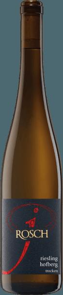 Dhroner Hofberg Riesling od Josefa Roscha lichotí nosu nádhernou vôňou jabĺk, mirabeliek a marhúľ. V pozadí je vidieť bylinky a náznak minerálnosti. Biele víno poteší na poschodí svojou jemnou štruktúrou a jemnou zvyškovou sladkosťou. Zvuk tohto vína je dlhý a vyznačuje sa bylinkami a minerálnymi nuansami. Vinifikácia pre Dhroner Hofberg Riesling Hrozno na toto víno pochádza zo 45-ročných viníc, ktoré pochádzajú zo strmých svahov. Tento Riesling bol odstránený v nerezovej nádrži. Odporúčanie jedla pre Dhroner Hofberg Riesling Vychutnajte si toto suché biele víno s chrumkavými šalátmi alebo ľahkými zapiekankami. Ocenenia Dhroner Hofberg Riesling Eichelmann: 89 Body za rok 2016