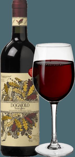 Dogajolo Toscano Rosso od Carpineto je klasika medzi detskými supertuscanmi. Rovnako ako všetky Super Toskánsko, Chianti Sangiovese vinič je srdcom vína v Dogajolo Rosso. Okrem toho sa pridáva Cabernet Sauvignon a iné odrody hrozna. Farba Dogajolo Rosso je najlepšie opísaná svetločervenou čerešňou. Leží uprostred hĺbky v pohári a elegantne vonia po zrelých višniach, doplnených granátovým jablkom a červeným ríbezľom. Jemné odtiene vanilky a jemný náznak dubového doplnku. Na poschodí je Dogajolo Toscano Rosso príjemne svieže, živé a priľnavé. Darčeky, ale dobre integrované taniny a čerstvé ovocné kyseliny dávajú vínu pocit a charakter. Vynikajúci potravinový spoločník, ktorý sa nevzdáva svojej mysle ani s bohatou, mastnou stravou. Vinifikácia hrozna Dogajolo Toscano Rosso Hrozno sa zbiera osobitne podľa odrôd hrozna a vinifikuje osobitne. Potom zrejú v malých, použitých dubových sudoch, v ktorých dochádza aj k biologickej premene kyselín. Po plnení do fliaš v marci a apríli nasledujúceho roka sa toto červené víno z Toskánska predáva priamo, ale môže zreť aj niekoľko rokov bez problémov. Odporúčania k potravinám pre Dogajolo Toscano Rosso od Carpineto Vychutnajte si tento toskánsky cuvée so srdečnými mäsovými pokrmami, grilovaným hovädzím mäsom a bravčovým mäsom alebo so srdečným tanierom klobásy s dobrým chlebom z farmy. Samozrejme, Dogajolo Rosso sa hodí aj k cestovinám s mäsovými alebo paradajkovými omáčkami. Ocenenia pre Carpineto Dogajolo Rosso Výber: 3 hviezdičky (veľmi dobré) pre rok 2015 Vinársky nadšenec: 86 Body za rok 2015 Vínny Spectator: 86 Body za rok 2014 Vyrovnanie vína: najvyššia hodnota za rok 2012 World Wine Award of Canada: Zlato za rok 2012